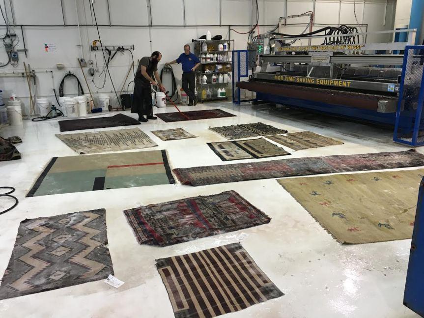 Mor Machine - Lots of rugs